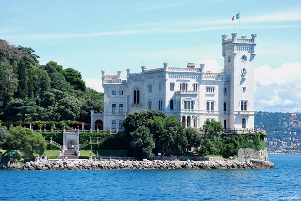 Castello di Miramare (from the sea 2)